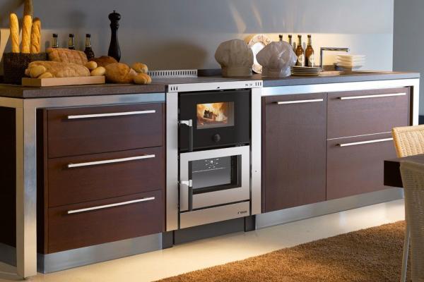 Cucine a legna su misura for Cucine pertinger