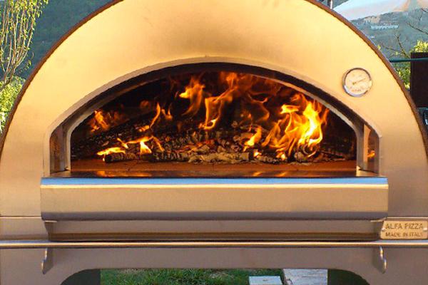 Forni a legna per pizza for Sportello per forno a legna